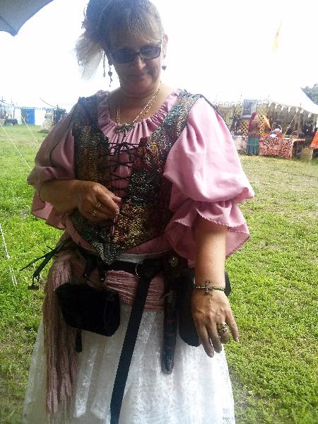 A Cast Member & her Nikus Bracelet
