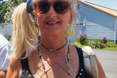 Southern Maryland Brewery Festival 2015- Customer Poses with Nikus Eyeglass Chain